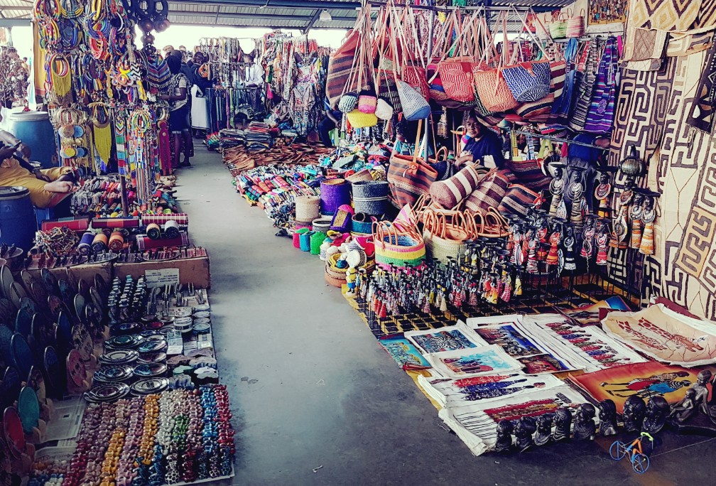 Tips om veilig door een markt/souk/bazaar te wandelen