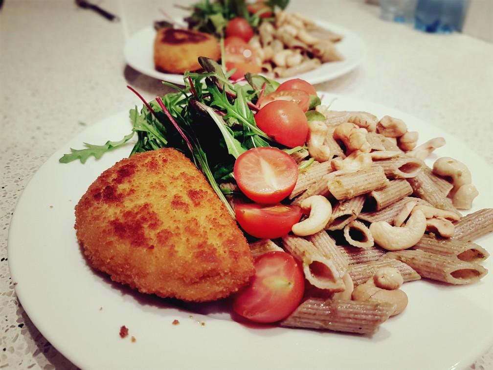 vegan cordon blue met pasta