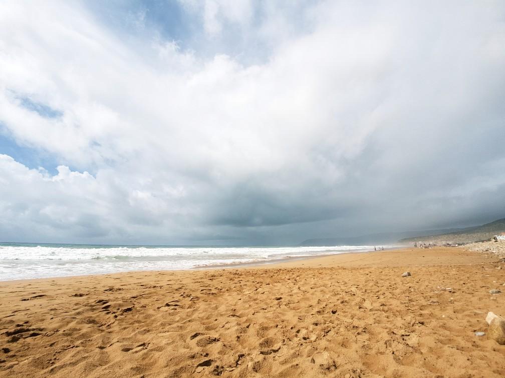 Regen strand Taghazout Marokko