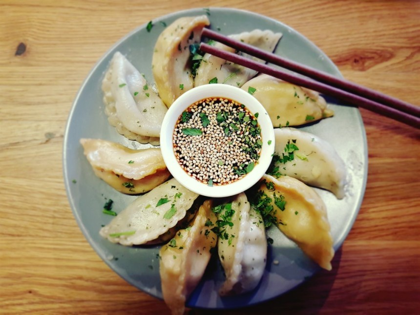 Momos dumplings Berlijn Duitsland