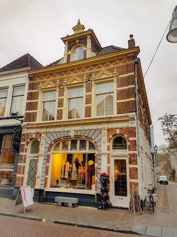 De Overijsselse Diva tweedehands luxe kleding Zwolle