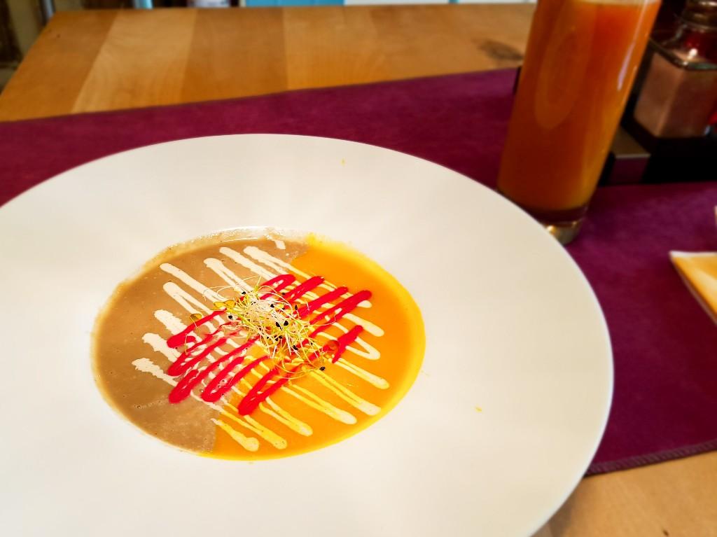 Aubergine soep Boekarest Roemenie