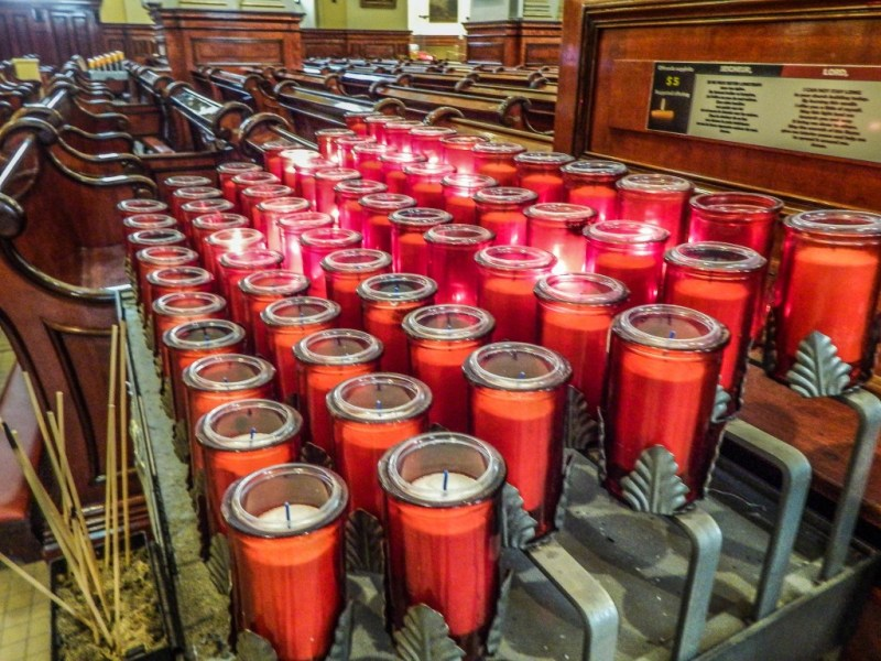 notre dame quebec city candles