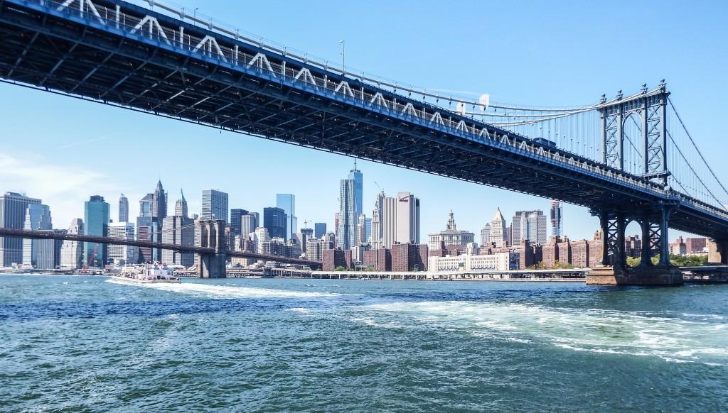 Manhattan Bridge and Hornblower New York