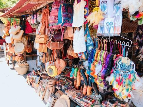 バリの民芸品店