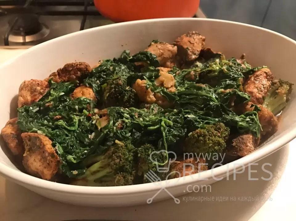 Куриное филе запеченное в рукаве с овощами