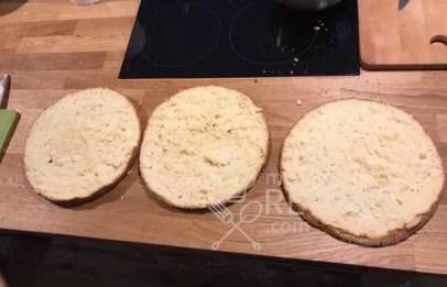 три части бисквита