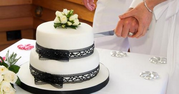 Icing On The Cake A Bride S Guide To Getting Her Dream