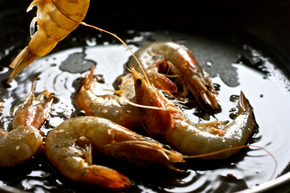 Frying Shrimps