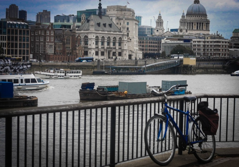Lone Bicycle Photo Essay: South Bank