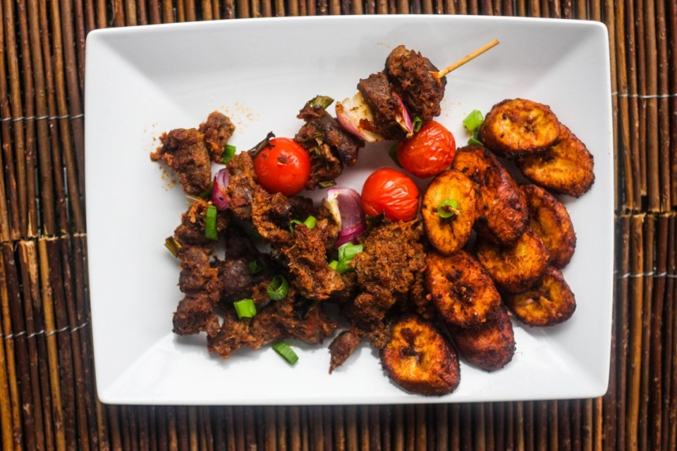 Peppered Stewed Gizzard with Kelewele