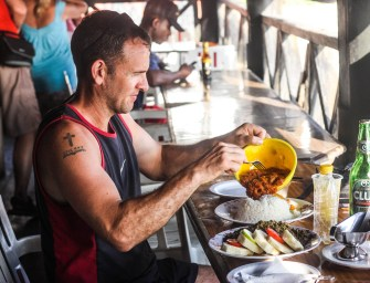 Backpacking from Accra to Cape Coast: Lunch at the Castle Restaurant