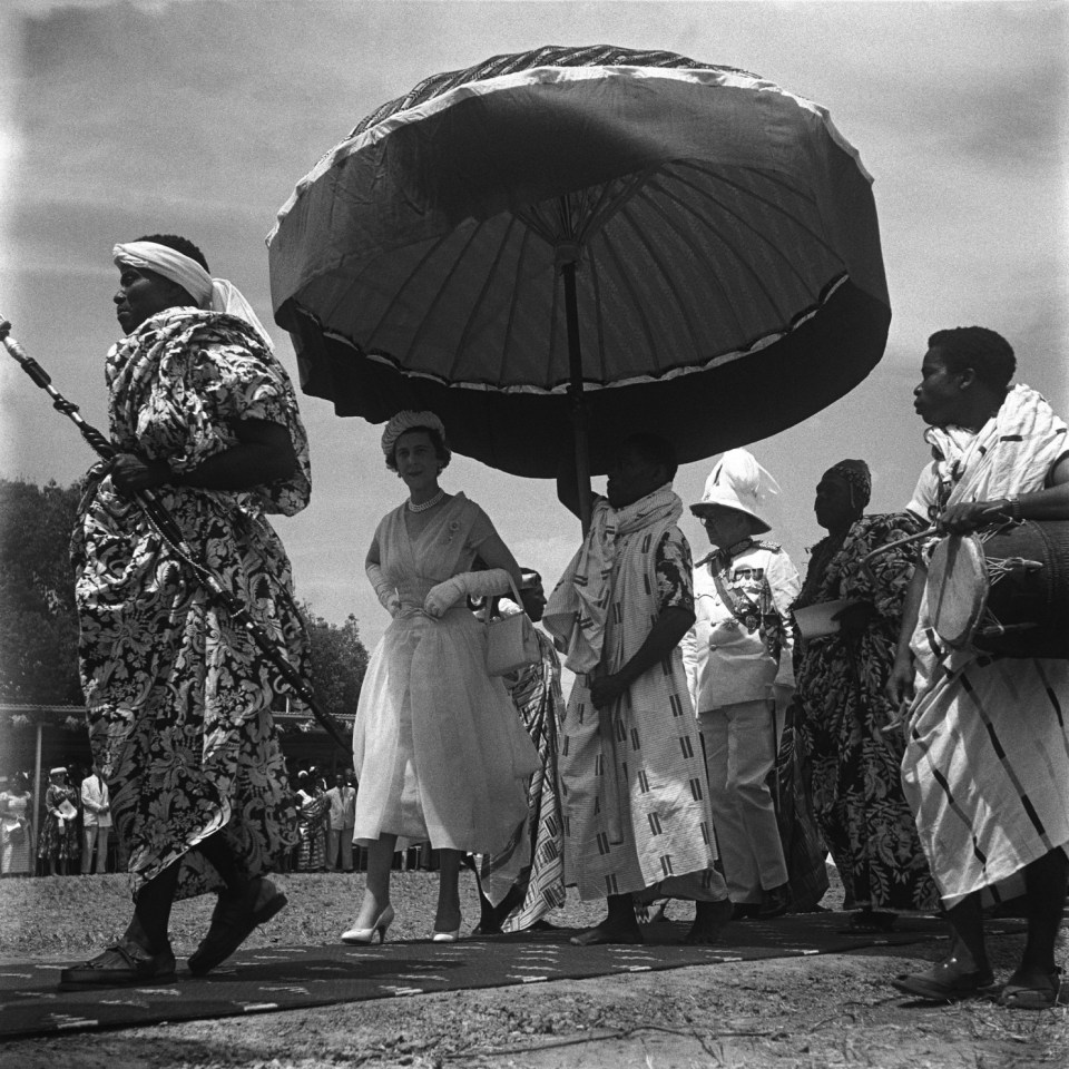 Celebrating Ghana @ 60 with James Barnor's Vintage Ghana Photos