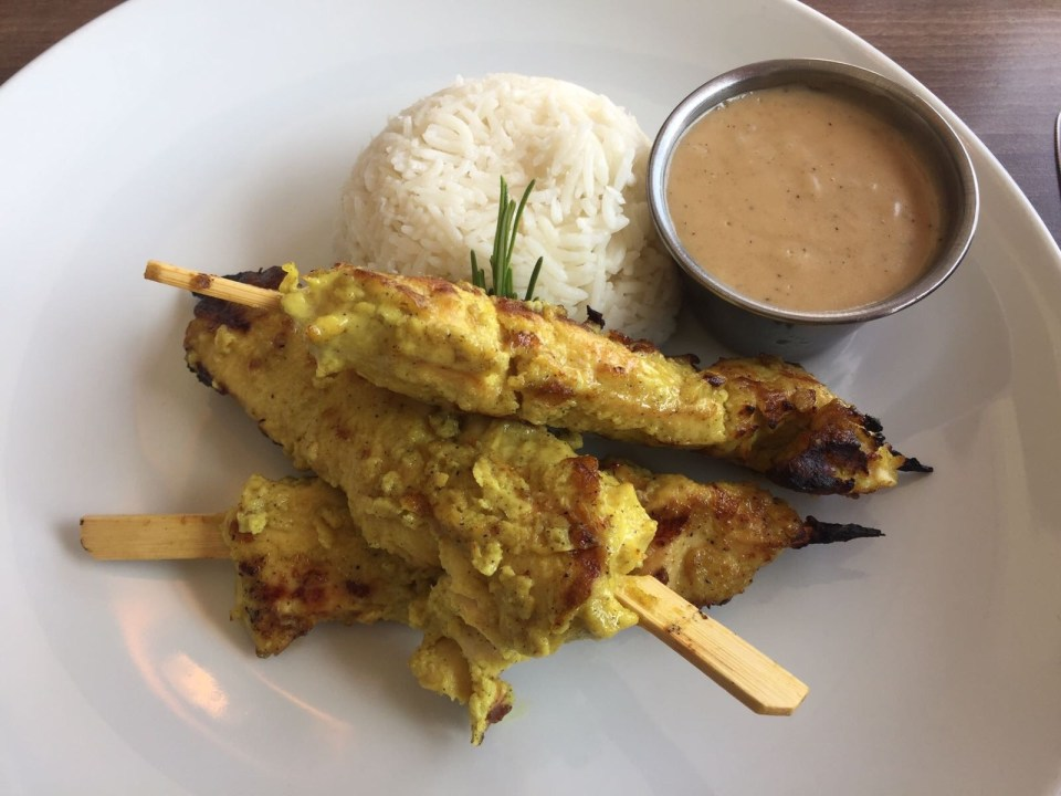 Accra Series: Lunch at Accra's Bistro 22