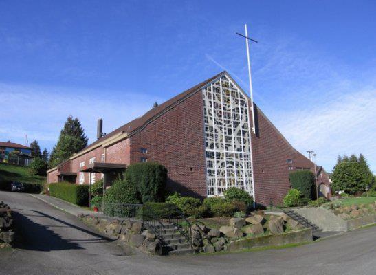 Lakeridge Lutheran Church exterior. Photo courtesy of Lakeridge Lutheran Church.