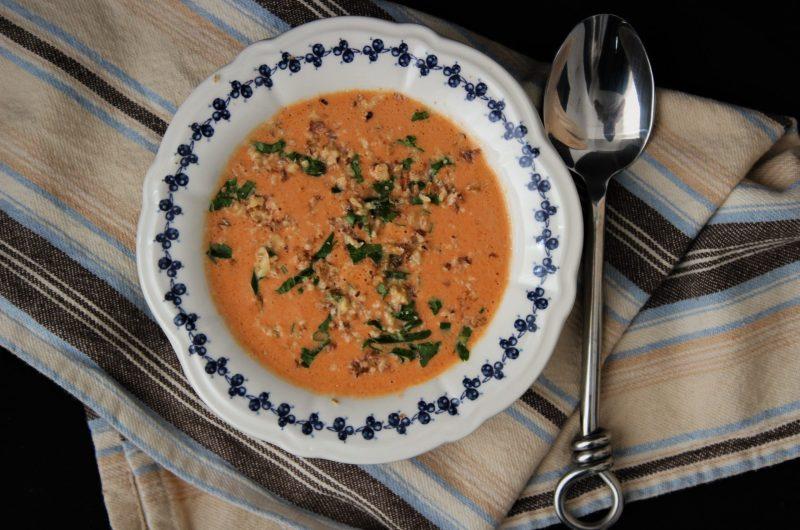 """Кето студена  супа с печени чушки """"Стéфани"""""""