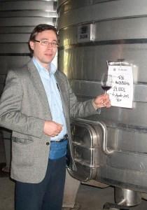 Karl MyWinePal at Viu Manent winery