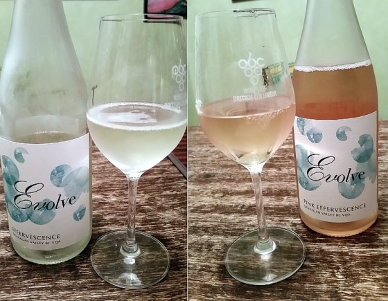Evolve Effervescence and Pink Effervesence wines in glass