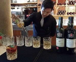 Making the Taylor Made cocktail