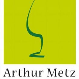 Arthur Metz logo