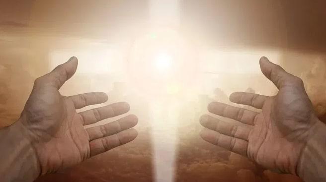 Три сильные молитвы в Медовый спас 14 августа: о чём нужно помолиться каждому
