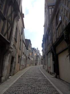 1. Bourges (38)