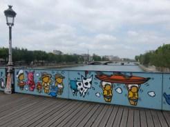 Love-locks bridge (10)
