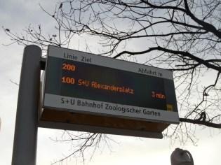 Bus n°100 oder 200 (32)