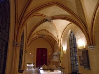 5-musee-du-cloitre-st-corneille-20