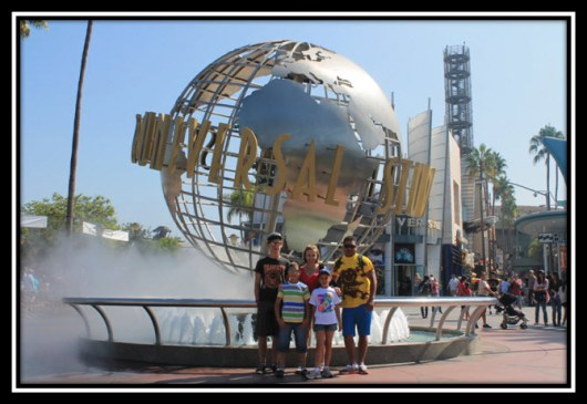 Dad steals the show in his new Bubba Gump shirt at Universal Studios.