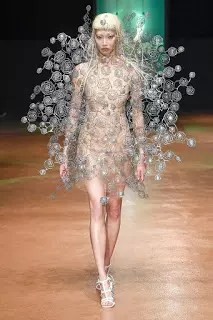 Metal Lace, Transparent Tulle, and Laser Cutting: Iris van Herpen Shares the Fascinating Story Behind Her Fall '17 Couture Collection 1
