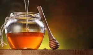 6 REASONS WHY YOU SHOULD REPLACE SUGAR WITH HONEY 2
