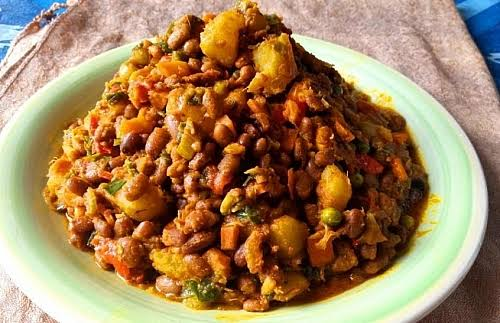 A RECIPE FOR BEANS AND YAM POTTAGE 1