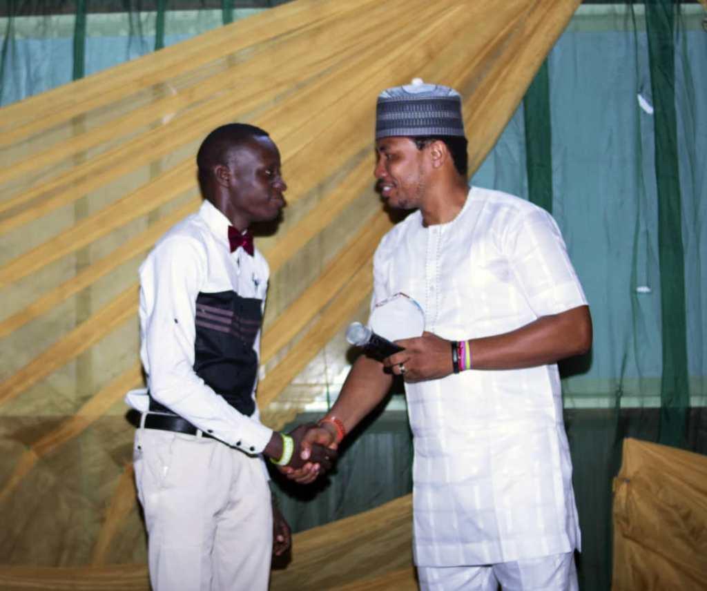 SUPERLIGHT PRESENTER RECEIVES OAP OF THE YEAR AWARD 2019 SOUTHWEST NIGERIA 2