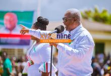 Photo of Akufo-Addo best at renaming but not how to build – Mahama