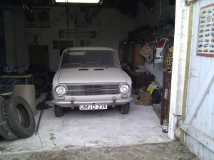 Lada Shiguli 2101 in der Garage