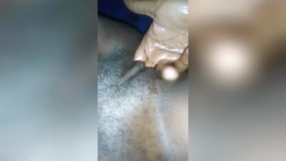 Finger Fucking Tight SA Pussy And Squirt