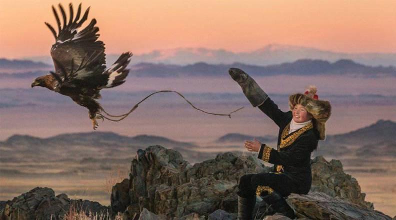 the-eagle-huntress