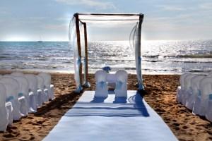 20-Allestimento-cerimonia-matrimonio-sulla-spiaggia-di-San-Vincenzo