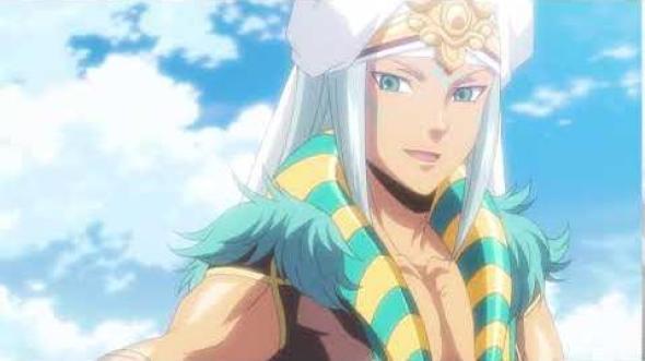 Das Bild zeigt Leon, einen von sechs männlichen Heiratskandidaten in Rune Factory 4 Special. Er hat graue lange Haare und trägt einen bunten Schal um den Hals. Etwas blaues Fell ziert seine Schultern. Er hat einen Turban um den Kopf mit goldenen Verzierungen oberhalb der Stirn.