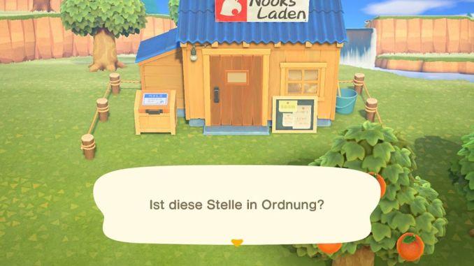 Das Bild zeigt einen wichtigen Teil von Animal Crossing: New Horizons. Man erkennt den fertigen Laden von Nepp. Er ist aus Holz und besitzt ein blaues Wellblechdach. Vor dem Laden steht eine Versandkiste. und ein Schild für Angebote ist an der Außenwand.