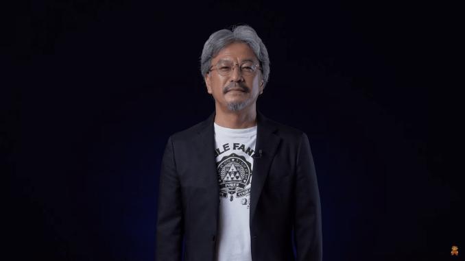 Das Bild zeigt Eiji Aonuma bei der Präsentation von Hyrule Warriors: Zeit der Verheerung