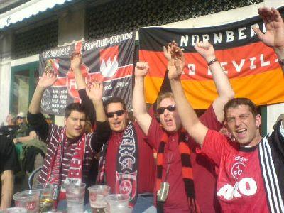 Franken in Lisboa vor UEFA-Cup-Spiel Lissabon FC Nürnberg