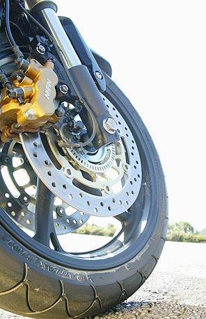 Freios são vitais para a segurança do motociclista