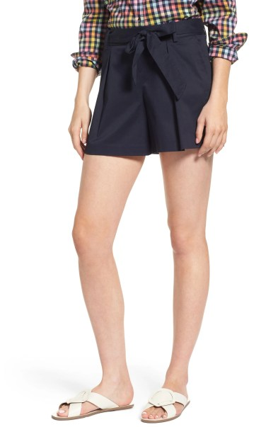 Main Image - 1901 Pleated Twill Bow Front Shorts