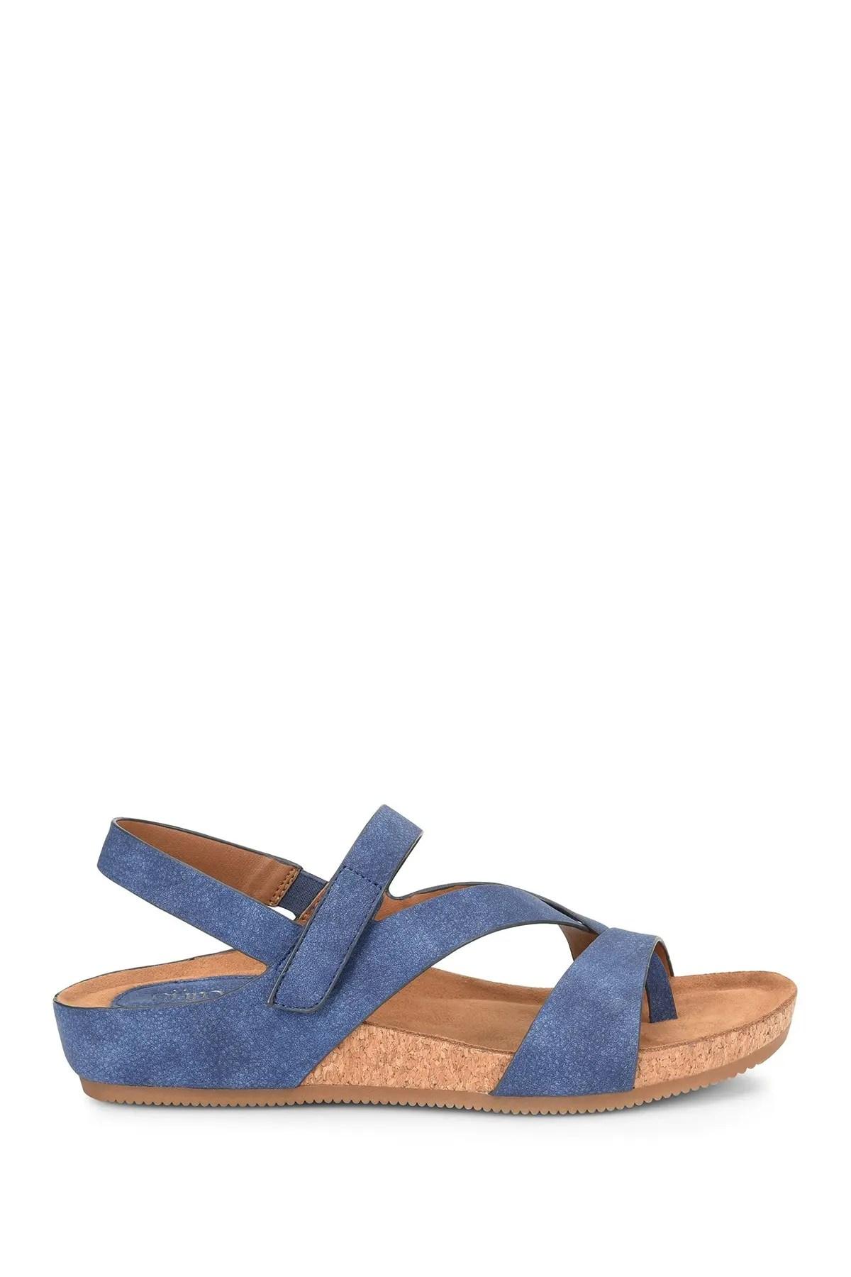 https www nordstromrack com shop women shoes sandals sort most popular page 8