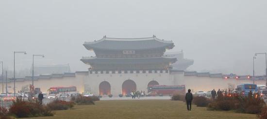 Image result for 中国细菌飘韩国 两国PM2.5中8成细菌一致