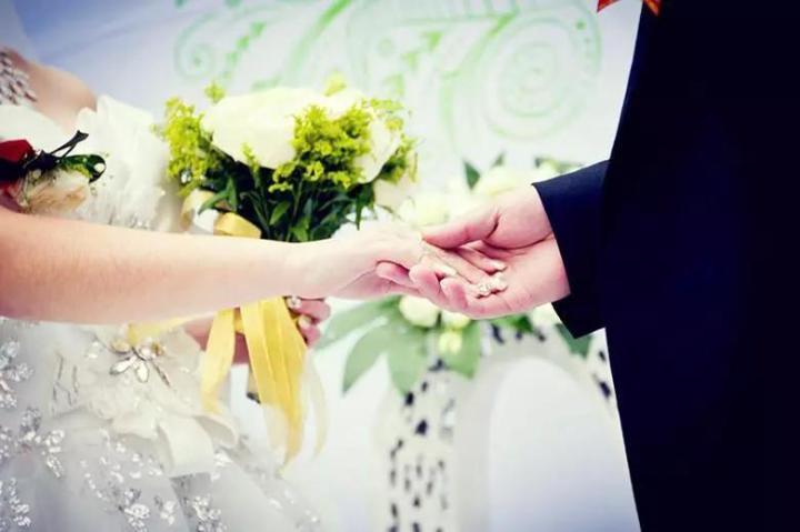 婚姻中,你要守护好这四张底牌!