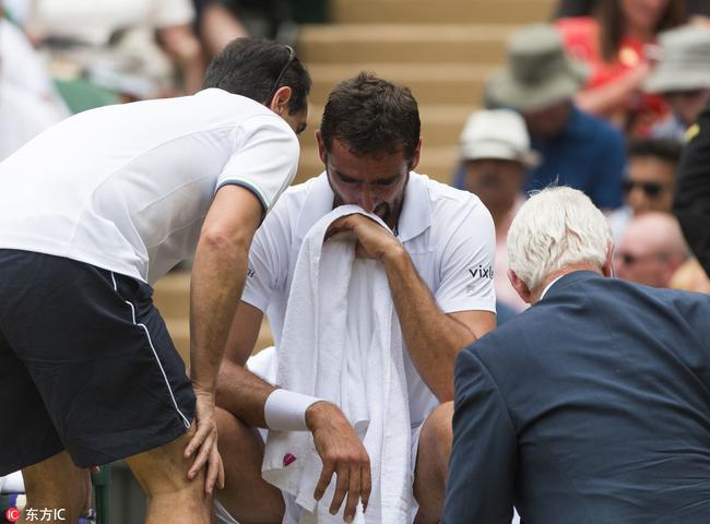 現場-西里奇受傷痛苦到流淚 吃完止疼藥堅持作戰 _網球新聞_體育新聞_娛樂吧