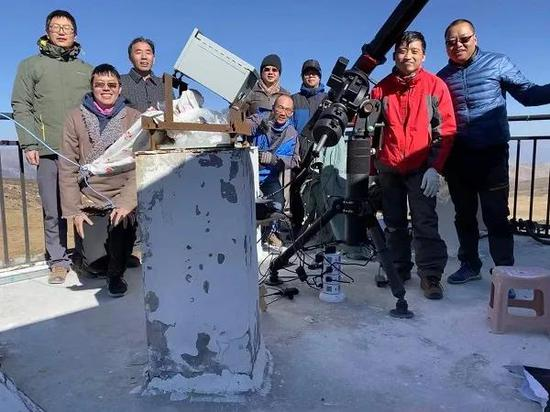 Observe some team members at the scene.Image source: Yunnan Observatory